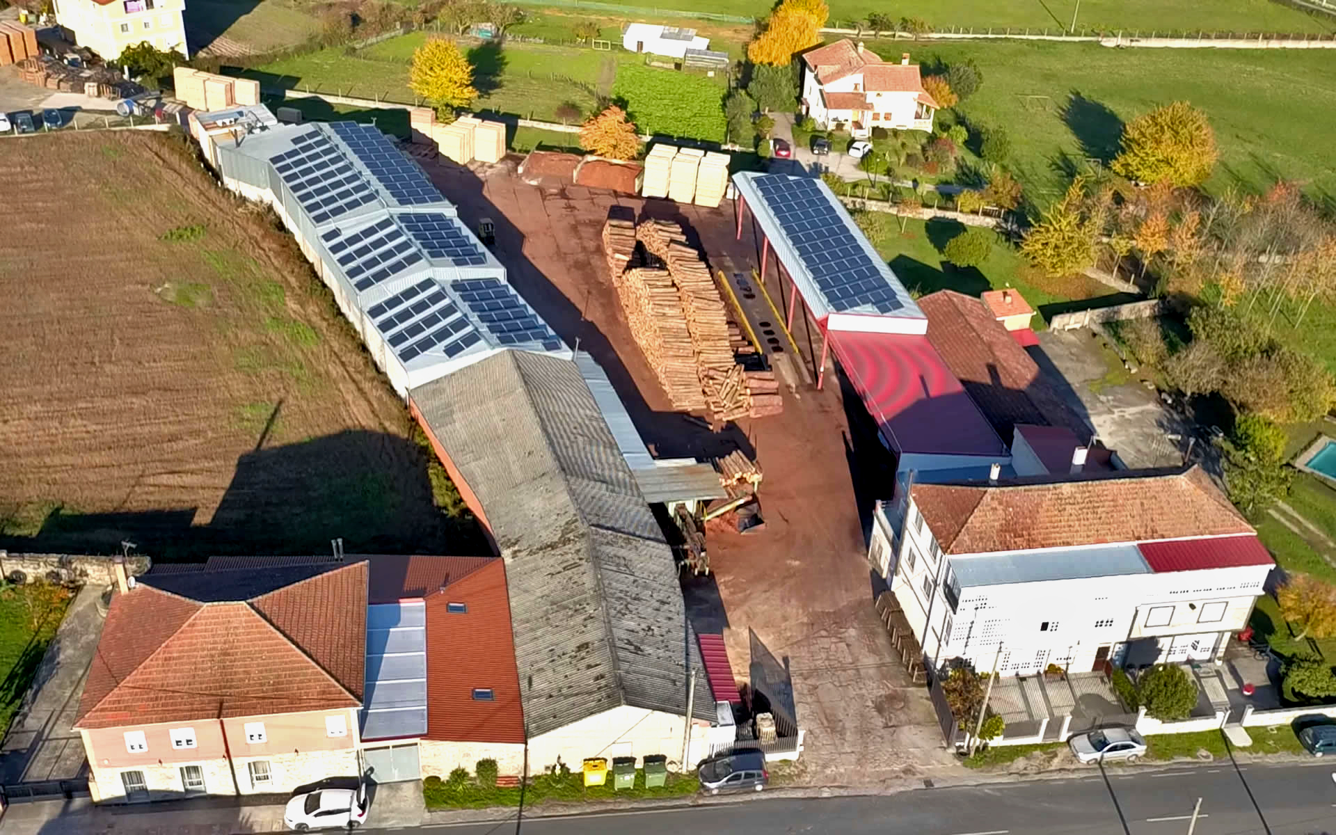 Vista aérea de nuestro aseradero en Tuiriz, Pantón (Lugo)